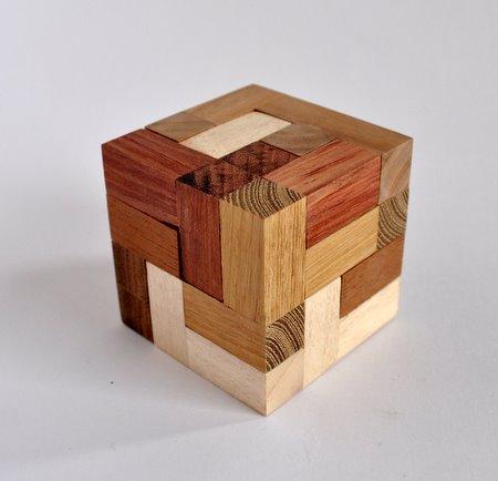 Casse tete  accordion  disjointed cube  Mineyuki Uyematsu Ken Irvine