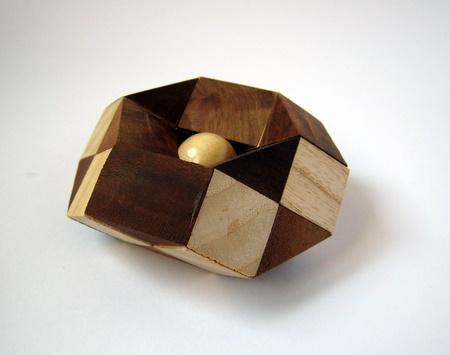 Casse-tête - Button Trap