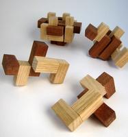 Casse-tête - cube à picots - pièces