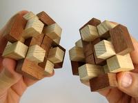 Casse-tête - cube à picots - ouvert