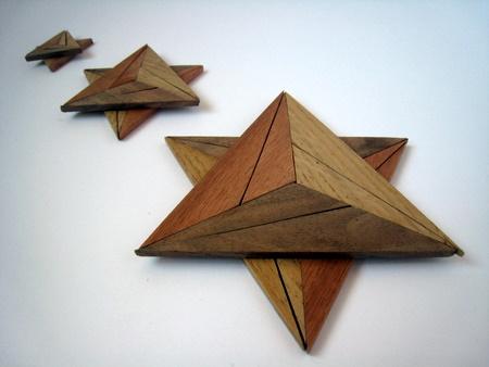 Casse-tête - Explosion triangle - en trois tailles