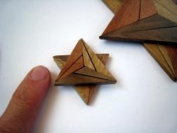 Casse-tête - Explosion triangle - zoom sur le plus petit