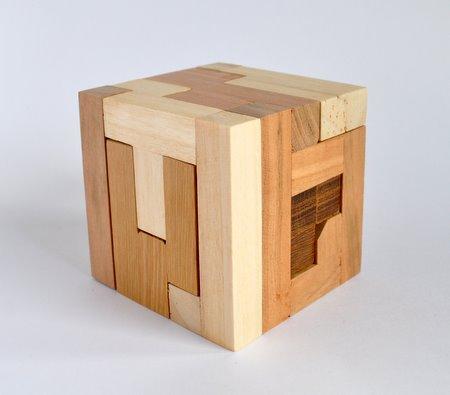 Rattle box  Tom Jolly