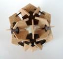 Casse-tete - Dodec - Peter Kaldeway et Johan Heyns(12 pentagones et 30 cerf-volants)